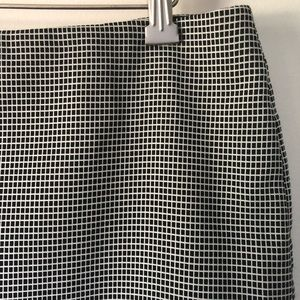 Limited checkered black & white pencil skirt sz 8